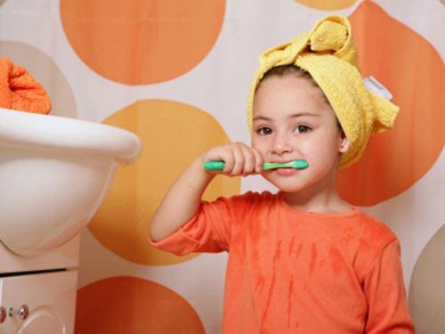 Lỗi đánh răng đang tàn phá nụ cười tỏa nắng của bạn